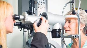 Appointmens system breaking down: many people are losing their sight because of delayed or cancelled appointments