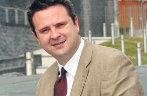 Huw Lewis: Teacher training is chaotic