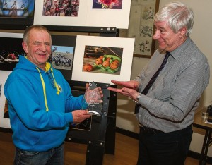 Dave Bolton receiving the Print Award: For 'The Demise of an Egg'.