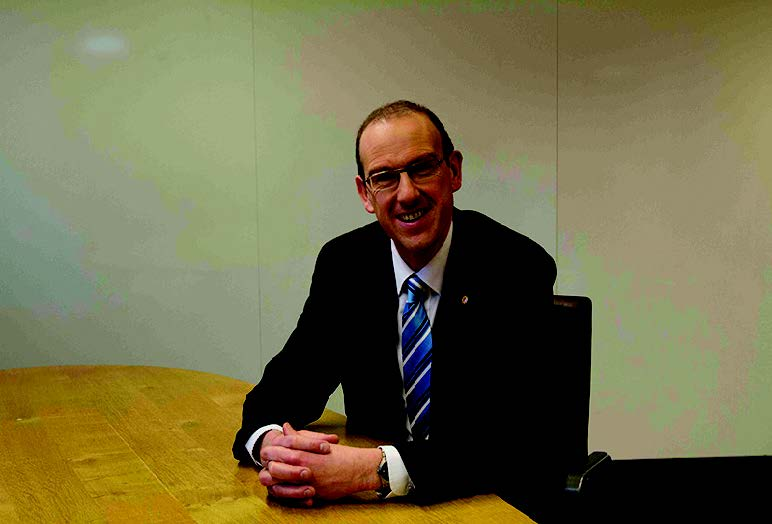 Llyr Gruffydd AM: Shadow Minister for Sustainable Communities, Energy and Food