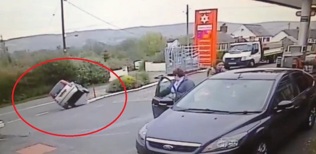 On to wheels: But the pensioner got the car back under control (Pic: Liveleak.com)