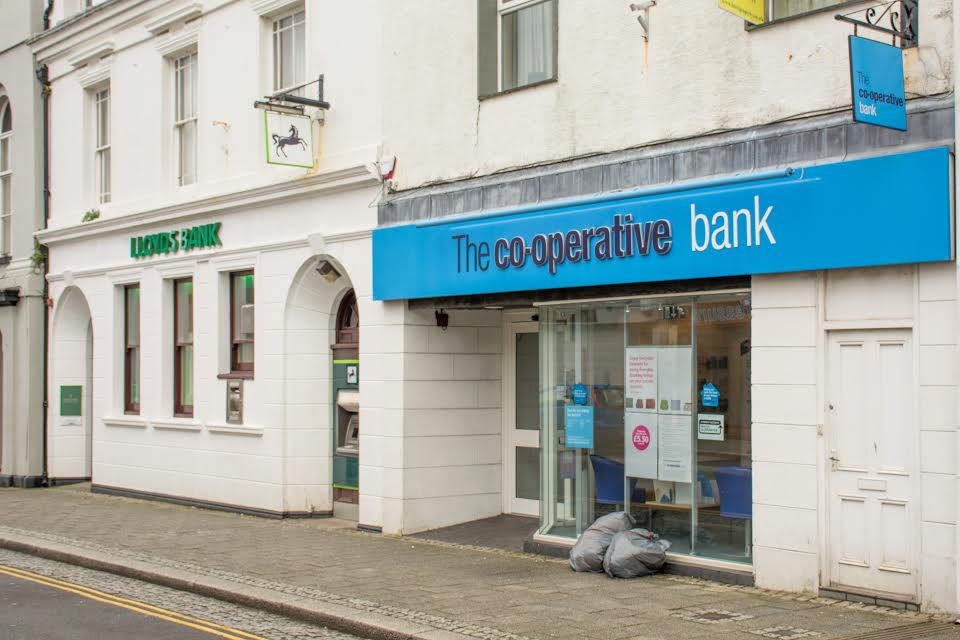 Co-op Bank in Pembroke Dock is to shut down (Pic M Hillen)