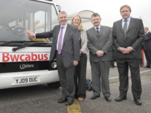 Award-winning: Deputy First Minister Ieuan Wyn Jones announces the expansion of the Bwcabus service in Carmarthenshire and Ceredigion