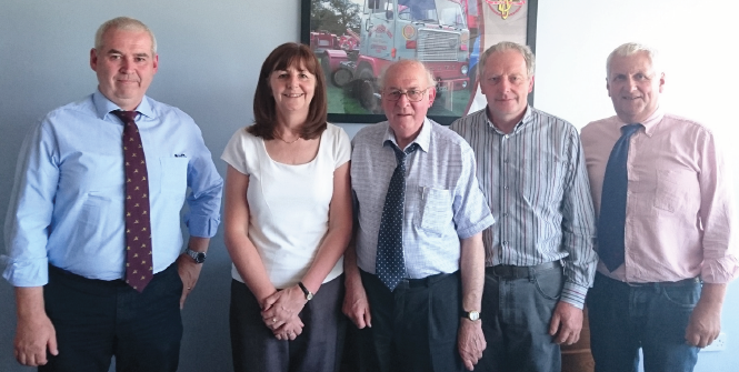 (L-R): Stephen Mansel Davies, Cabinet Secretary for Environment and Rural Affairs, Lesley Griffiths, Kaye Mansel Davies, FUW Deputy President, Brian Thomas, and FUW President, Glyn Roberts