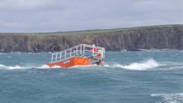 The Harvester: Run aground on East Sledge (pic St David's RNLI)