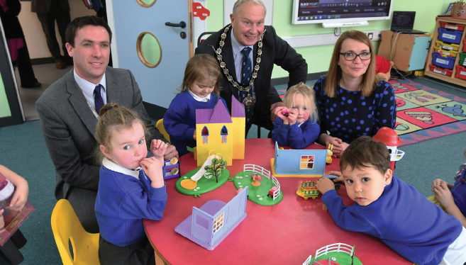 Education Secretary meeting young nursery pupils: With Mr Palmer and Cllr Brinsden